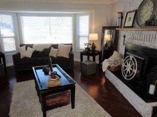 Photo 2: 21043 GREENWOOD Drive in Hope: Hope Kawkawa Lake House for sale : MLS®# R2446407
