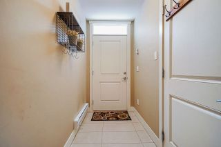 """Photo 4: 6 7298 199A Street in Langley: Willoughby Heights Townhouse for sale in """"York"""" : MLS®# R2602726"""