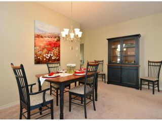 """Photo 7: 17 5708 208TH Street in Langley: Langley City Townhouse for sale in """"Bridle Run"""" : MLS®# F1424617"""