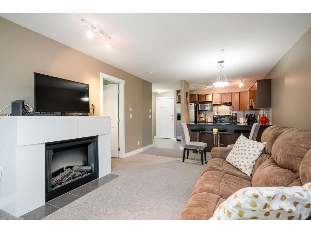 """Photo 12: Photos: 204 19366 65 Avenue in Surrey: Clayton Condo for sale in """"LIBERTY AT SOUTHLANDS"""" (Cloverdale)  : MLS®# R2591315"""