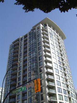 Photo 2: #1202  1082 Seymour Street in Vancouver: Downtown VW Condo for sale (Vancouver West)  : MLS®# V601453