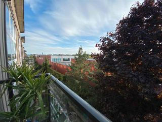 """Photo 13: 410 30515 CARDINAL Avenue in Abbotsford: Abbotsford West Condo for sale in """"Tamarind"""" : MLS®# R2578793"""