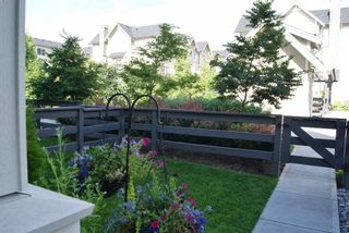 """Photo 3: 69 31032 WESTRIDGE Place in Abbotsford: Abbotsford West Townhouse for sale in """"Harvest"""" : MLS®# R2084069"""