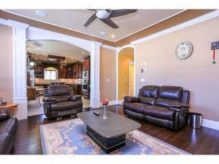 Photo 10: 6138 147A ST in Surrey: Sullivan Station House for sale : MLS®# F1417354