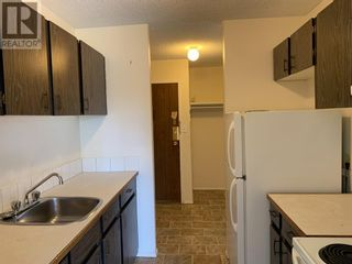 Photo 3: 21, 616 Main Street NW in Slave Lake: Condo for sale : MLS®# A1137096