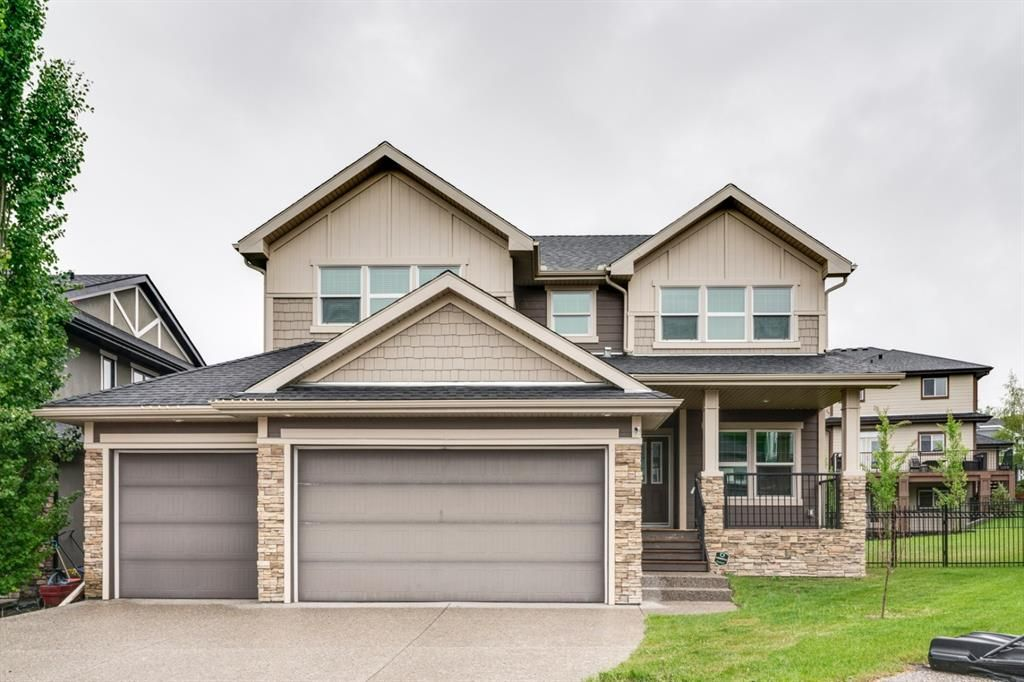 Main Photo: 6 Crestridge Mews SW in Calgary: Crestmont Detached for sale : MLS®# A1106895