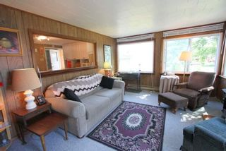 Photo 4: 223 Mcguire Beach Road in Kawartha Lakes: Rural Carden House (Bungalow) for sale : MLS®# X4849750