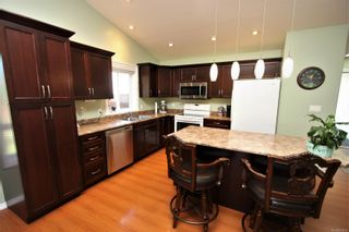 Photo 2: 2332 Woodside Pl in : Na Diver Lake House for sale (Nanaimo)  : MLS®# 876912
