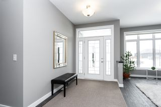 Photo 2: 10 Dovetail Crescent in Oak Bluff: RM of MacDonald House for sale (R08)  : MLS®# 202004140