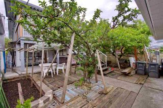 Photo 5: 424 E 22ND Avenue in Vancouver: Fraser VE House for sale (Vancouver East)  : MLS®# R2195636