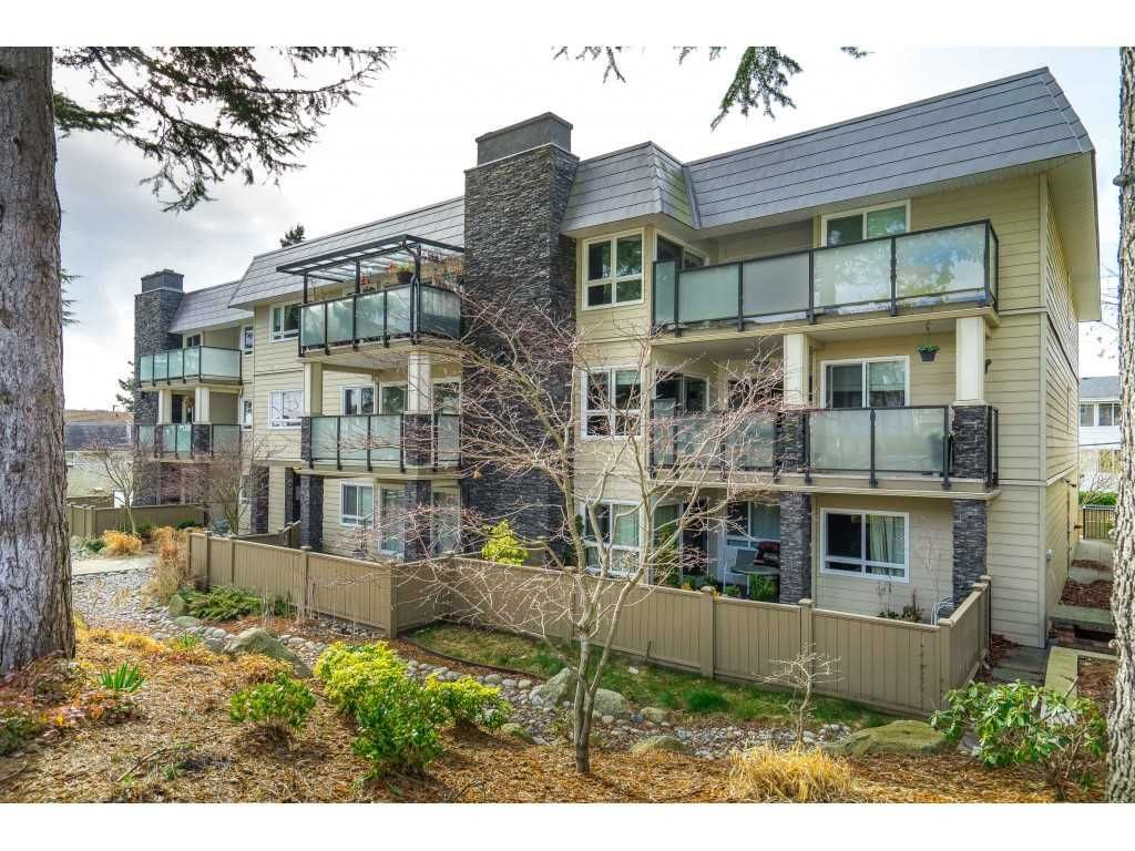 "Main Photo: 101 1371 FOSTER STREET: White Rock Condo for sale in ""Kent Manor"" (South Surrey White Rock)  : MLS®# R2536397"