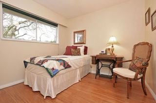 """Photo 13: 914 RUNNYMEDE Avenue in Coquitlam: Coquitlam West House for sale in """"COQUITLAM WEST"""" : MLS®# R2032376"""