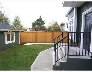 Photo 3: 1783 E 15TH Avenue in Vancouver: Grandview VE 1/2 Duplex for sale (Vancouver East)  : MLS®# V688271