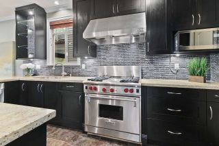 Photo 14: 333 AVALON Drive in Port Moody: North Shore Pt Moody House for sale : MLS®# R2534611