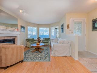 Photo 4: 877 INGLIS Road in Gibsons: Gibsons & Area House for sale (Sunshine Coast)  : MLS®# R2566657