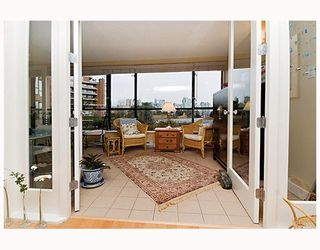 """Photo 7: 203 1470 PENNYFARTHING Drive in Vancouver: False Creek Condo for sale in """"HARBOUR COVE"""" (Vancouver West)  : MLS®# V686677"""