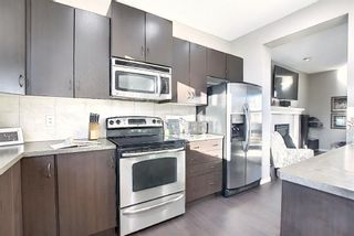 Photo 6: 227 Prestwick Manor SE in Calgary: McKenzie Towne Detached for sale : MLS®# A1059017
