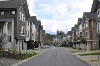 """Photo 18: 32 1295 SOBALL Street in Coquitlam: Burke Mountain Townhouse for sale in """"TYNERIDGE"""" : MLS®# R2159792"""
