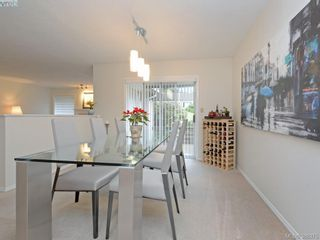 Photo 5: 4352 Parkwood Terr in VICTORIA: SE Broadmead Half Duplex for sale (Saanich East)  : MLS®# 780519