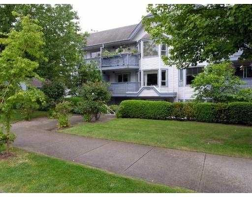 Main Photo: 101 315 E 3RD Street in North_Vancouver: Lower Lonsdale Condo for sale (North Vancouver)  : MLS®# V674279
