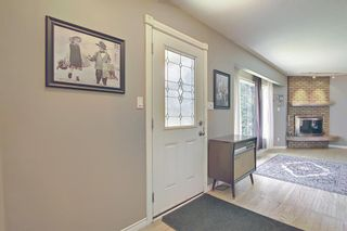 Photo 4: 10443 Wapiti Drive SE in Calgary: Willow Park Detached for sale : MLS®# A1128951