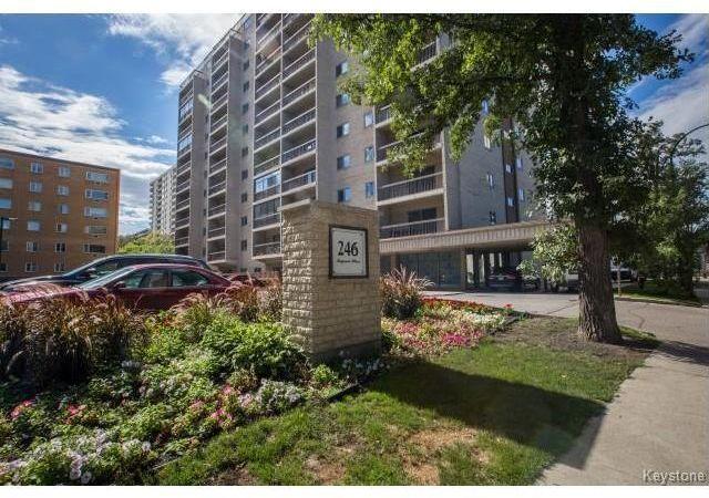 Main Photo: 1209 246 Roslyn Road in Winnipeg: Osborne Village Condominium for sale (1B)  : MLS®# 1904927