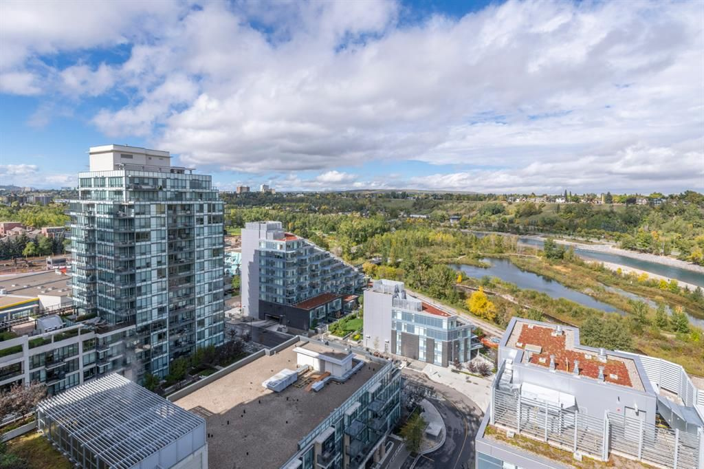 Main Photo: 1503 108 Waterfront Court SW in Calgary: Chinatown Apartment for sale : MLS®# A1147614