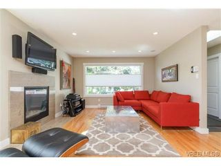 Photo 3: 10215 Third St in SIDNEY: Si Sidney North-East House for sale (Sidney)  : MLS®# 728643