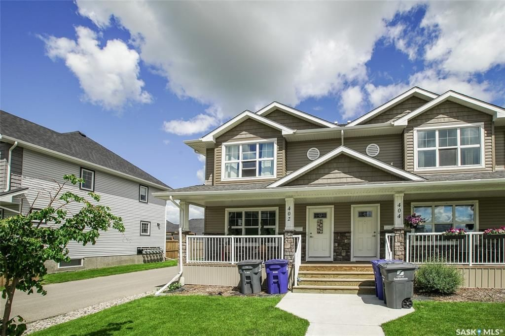 Main Photo: 402 Maningas Bend in Saskatoon: Evergreen Residential for sale : MLS®# SK860413