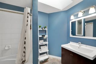 """Photo 12: 104 2003 CLARKE Street in Port Moody: Port Moody Centre Townhouse for sale in """"WILLOW ESTATES"""" : MLS®# R2516317"""