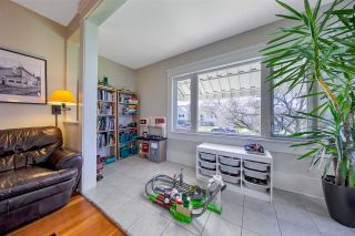 Photo 6: 3527 TRIUMPH Street in Vancouver: Hastings Sunrise House for sale (Vancouver East)  : MLS®# R2572063
