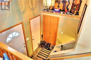 Photo 3: 51 Kemp Avenue in Red Deer: House for sale : MLS®# A1103323