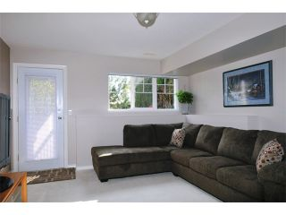 """Photo 8: 23 11358 COTTONWOOD Drive in Maple Ridge: Cottonwood MR Townhouse for sale in """"CARRIAGE LANE"""" : MLS®# V976270"""