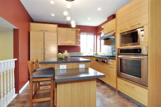 Photo 5: 1301 DAIMLER Street in Coquitlam: Canyon Springs House for sale : MLS®# R2568228