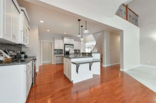 Photo 6: 1197 HOLLANDS Way in Edmonton: Zone 14 House for sale : MLS®# E4242698