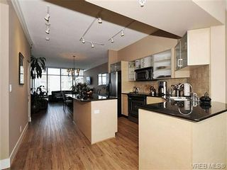 Photo 8: 611 845 Yates St in VICTORIA: Vi Downtown Condo for sale (Victoria)  : MLS®# 680612