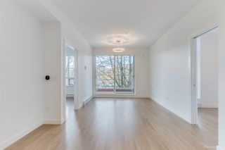 "Photo 11: 304 379 E BROADWAY Street in Vancouver: Mount Pleasant VE Condo for sale in ""Synchro"" (Vancouver East)  : MLS®# R2565005"