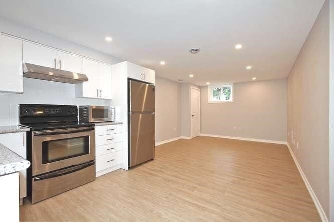 Photo 3: Photos: Lower 14 Furnival Road in Toronto: O'Connor-Parkview House (2-Storey) for lease (Toronto E03)  : MLS®# E4474374
