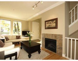 Photo 4: 1658 St. Georges Avenue in North Vancouver: Central Lonsdale Townhouse for sale : MLS®# V794083