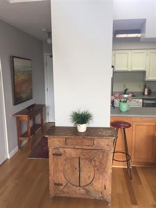 """Photo 7: 309 2255 W 8TH Avenue in Vancouver: Kitsilano Condo for sale in """"The West Wind"""" (Vancouver West)  : MLS®# R2167714"""