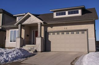 Photo 2: 23 Appletree Crescent in Winnipeg: Bridgwater Forest Residential for sale (1R)  : MLS®# 1702055