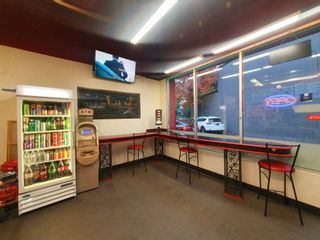 Photo 5:  in Vancouver: False Creek Business for sale (Vancouver West)  : MLS®# C8040736