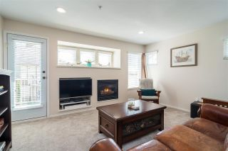 "Photo 4: 16 20222 96 Avenue in Langley: Walnut Grove Townhouse for sale in ""Windsor Gardens"" : MLS®# R2362308"