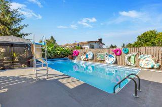 Photo 1: 46072 FIESTA Avenue in Chilliwack: Fairfield Island House for sale : MLS®# R2481319
