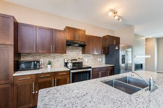 Photo 2: 7322 ARMOUR Crescent in Edmonton: Zone 56 House for sale : MLS®# E4254924