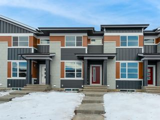 Photo 2: 104 Skyview Parade NE in Calgary: Skyview Ranch Row/Townhouse for sale : MLS®# A1065278