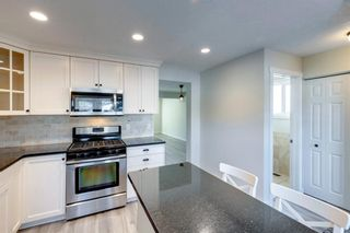 Photo 8: 915 Riverbend Drive SE in Calgary: Riverbend Detached for sale : MLS®# A1135568