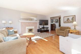 Photo 6: 2274 Alicia Pl in : Co Colwood Lake House for sale (Colwood)  : MLS®# 885760