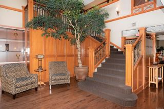 Photo 12: 302 2326 Harbour Rd in Sidney: Si Sidney North-East Condo for sale : MLS®# 862120