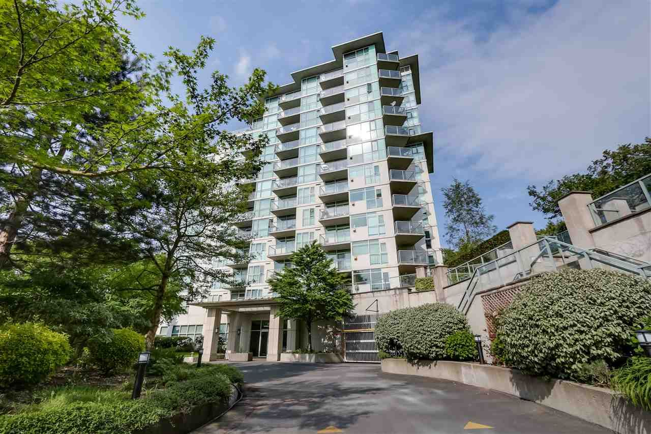 Main Photo: 807 2733 CHANDLERY PLACE in : South Marine Condo for sale : MLS®# R2061726